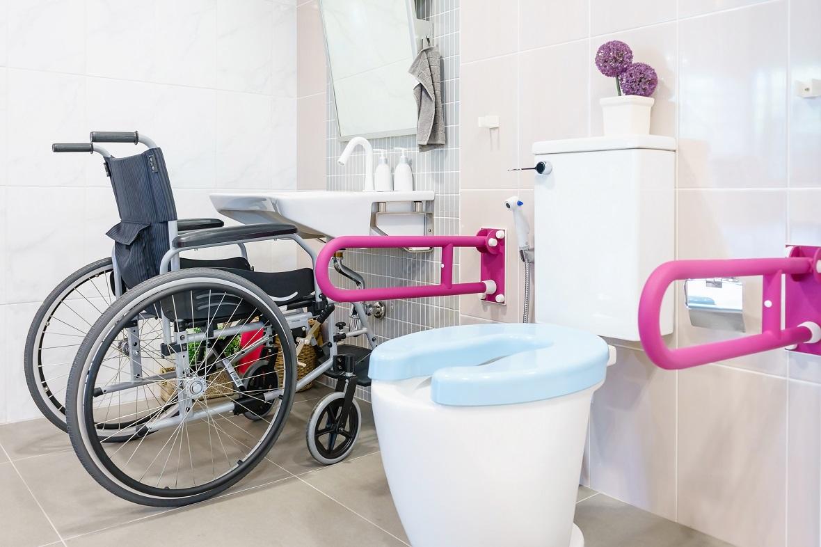 新築時から考えておくべきトイレ対策~介護する人とされる人のためのトイレ